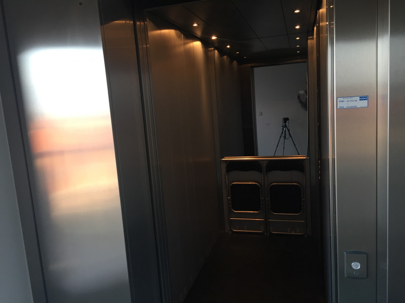 Elevator moves download free stereo sound effect